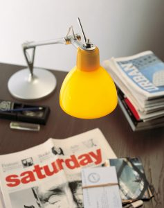 Rotaliana Luxy T1 bordlampe gul Elministeren