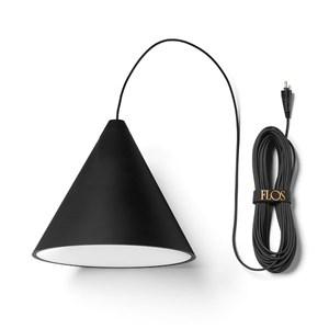 Flos-String-Lights-Cone-loftlampe-Elministeren.jpg