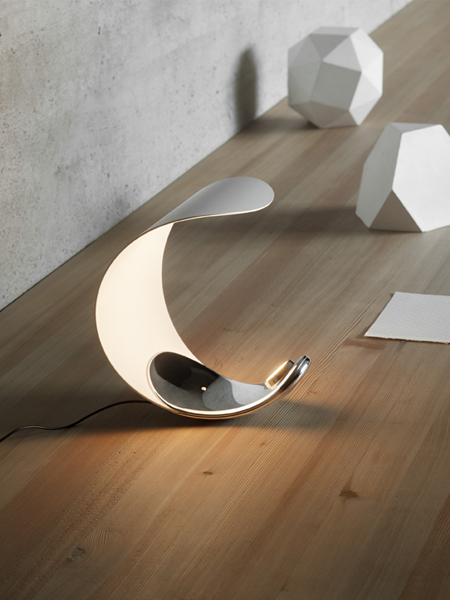 Luceplan-Curl-bordlampe-Elministeren.jpg